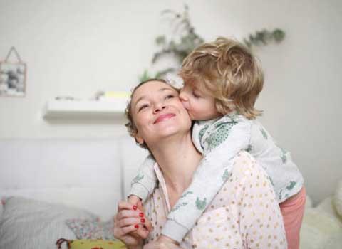 母親としての笑顔