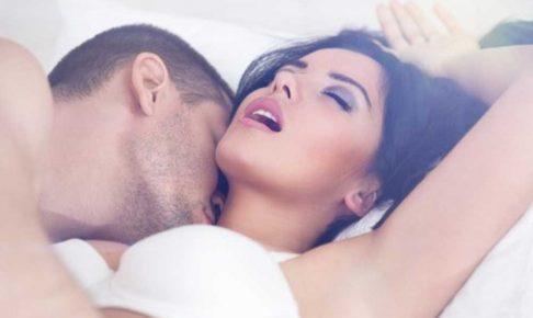 若妻との不倫セックス